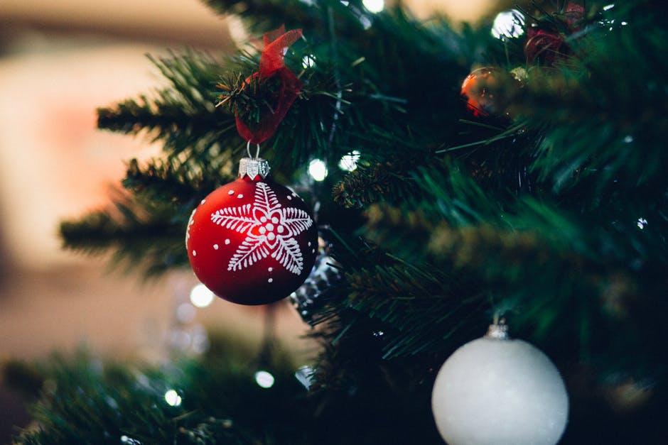 Sjove og festlige julesweatre til herrer