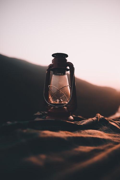 Find lanterner i spændende former